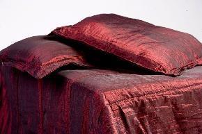 Steppelt taft ágytakaró